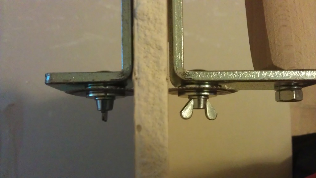 Cięcie płyty gipsowej - przyrząd do cięcia pasków